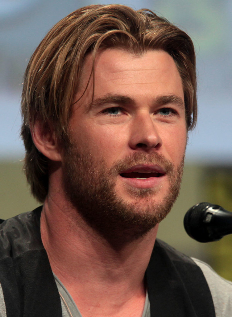 Chris_Hemsworth_SDCC_2014_(cropped)
